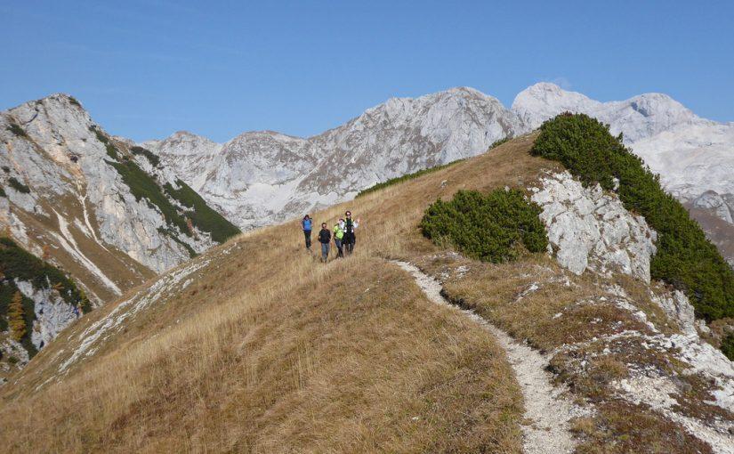 Z vipavskimi planinci na Jezerski Stog, Adama in Evo
