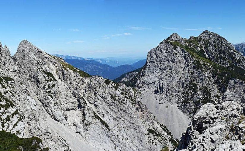 DVE ŠPICI/ DUE PIZZI (2046 m) – v divjini polpretekle zgodovine